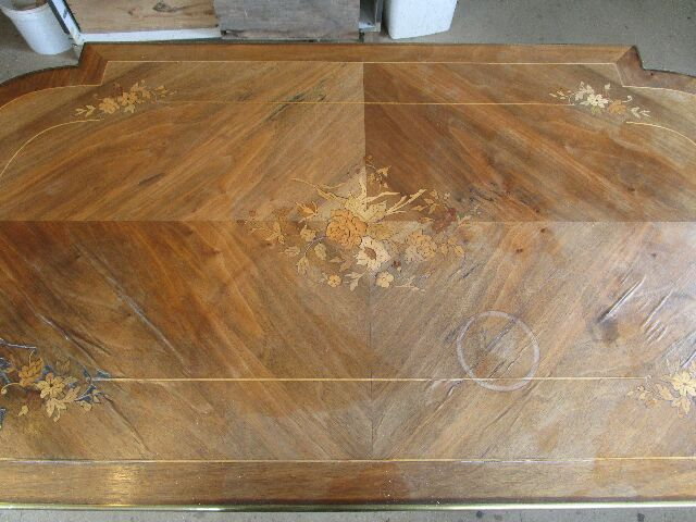 Table de salon style Louis XVI